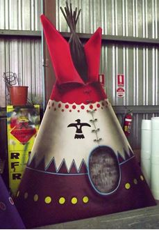 Picture of Cutout Teepee Red