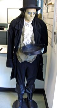 Picture of Butler-Animated Mannequin