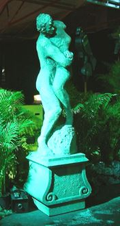 Picture of Statue Man Woman