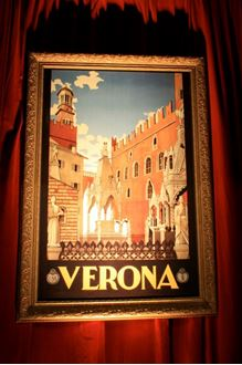 Picture of Verona Travel Sign