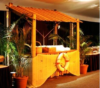 Picture of Bar Bamboo Hut Food Station