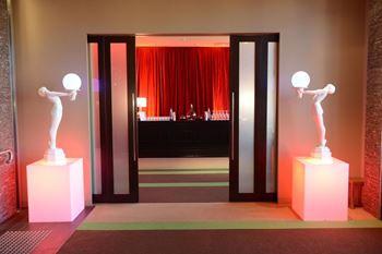 Picture of Art Deco Statue Entrance (LED light globe)