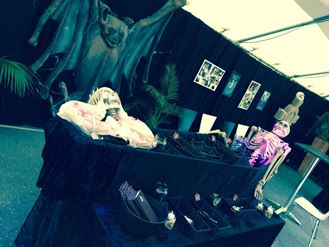 Picture of Coffin Lolly Bar