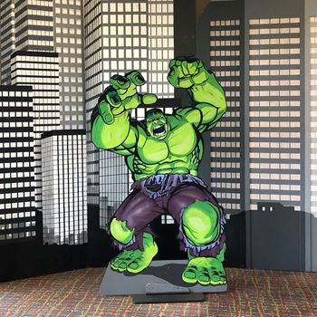 Picture of Cutout Hulk