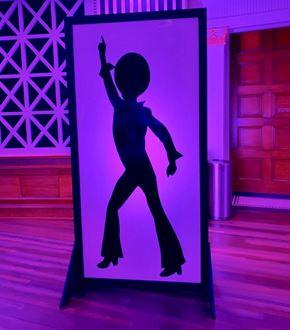 Picture of Disco Dancer silhouette